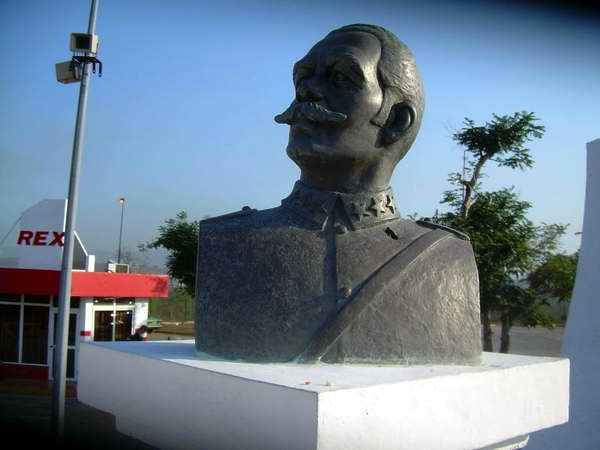 Recordado aniversario 52 de bombardeo a aeropuerto santiaguero. Foto Sergio Martínez