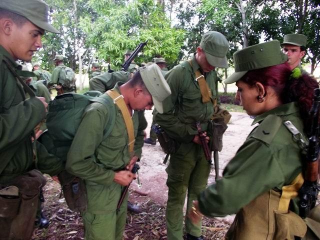 La mujer camagueyana se prepara para la defensa. Foto: Miozotis Fabelo