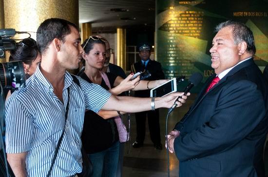 Culmina su visita a la Isla presidente de Nauru