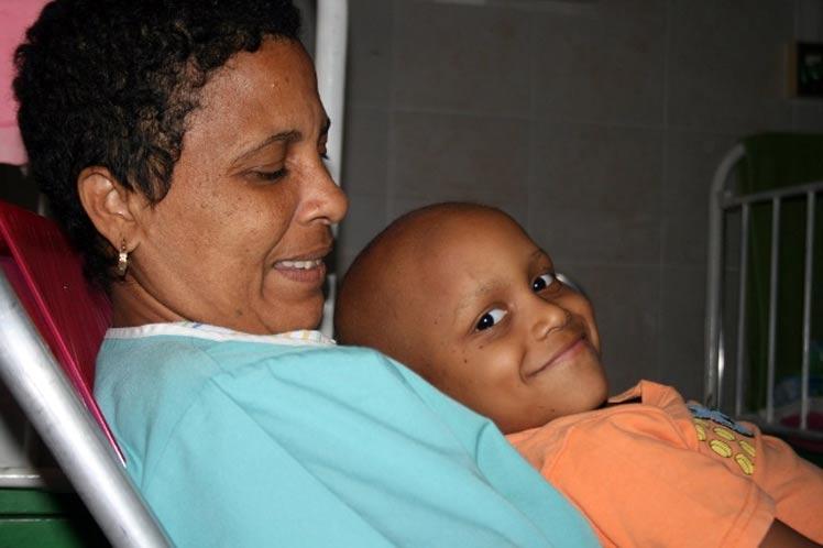 Repudian oncólogos avileños Bloqueo contra Cuba (+Audio)