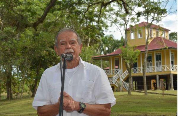 Visita luchador puertorriqueño Oscar López casa natal de Fidel Castro. Foto: Juan Pablo Carreras