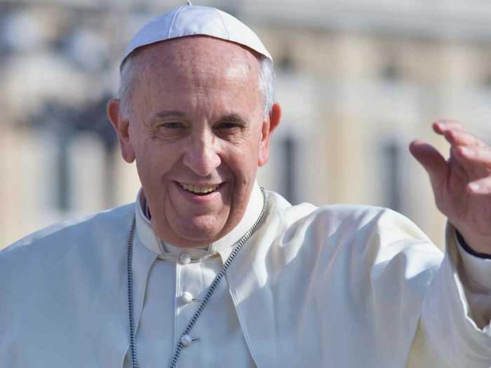 Envía Papa Francisco mensaje a Raúl Castro