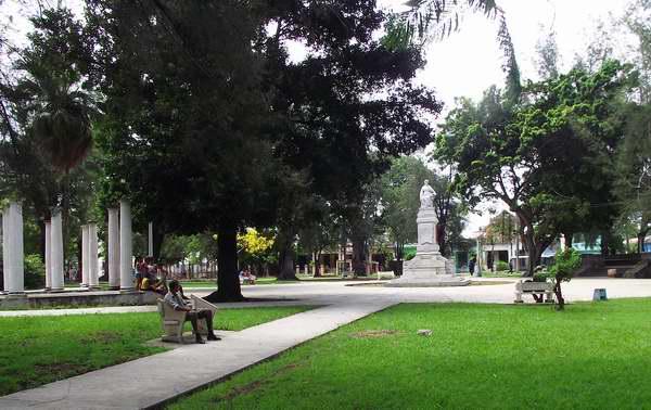 Parque Emilia de Córdoba en el municipio 10 de Octubre, La Habana, Cuba. Foto: Abel Rojas.