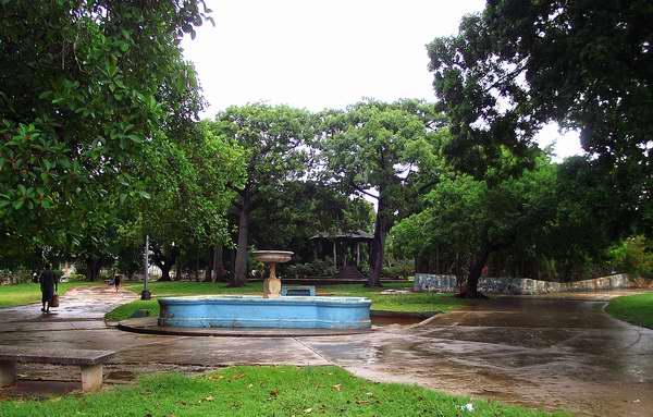 Parque Víctor Hugo en el municipio Plaza de la Revolución, La Habana, Cuba. Foto: Abel Rojas.