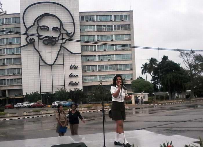 Tributo en La Habana al comandante Camilo Cienfuegos. Fotos: Carlos Serpa Maceira