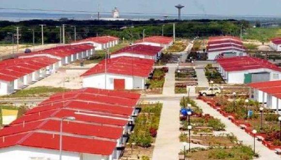 Evalúan Venezuela y Cuba construir casas resistentes a huracanes