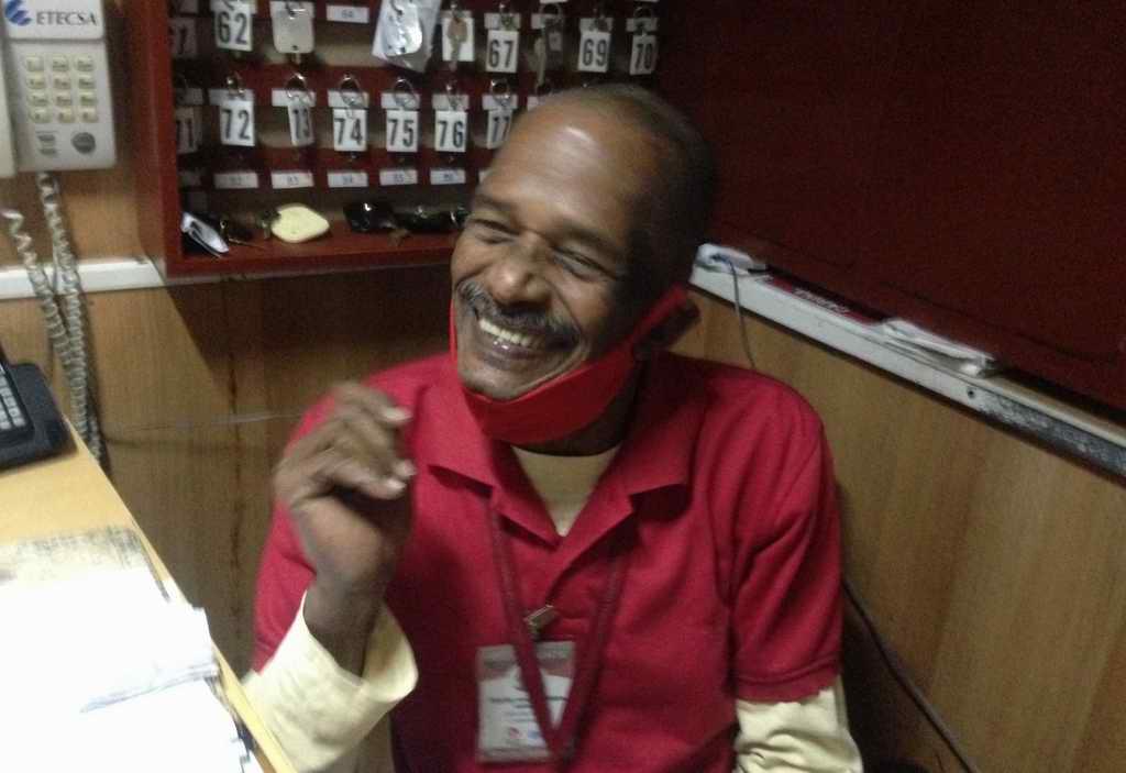 Internacionalista de Angola, poeta y loco