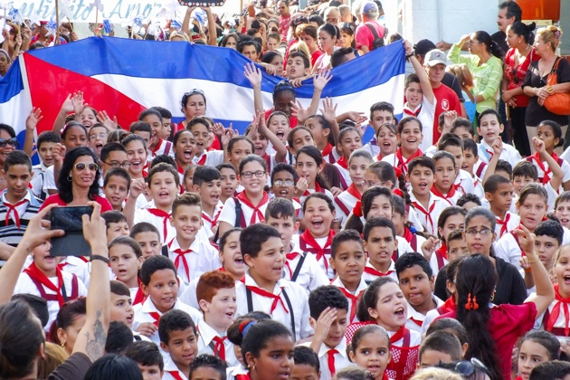 Over 1.8 million Cubans flock classrooms to open school year