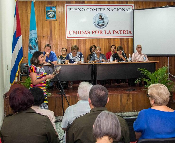 Condenan mujeres cubanas bloqueo de Estados Unidos