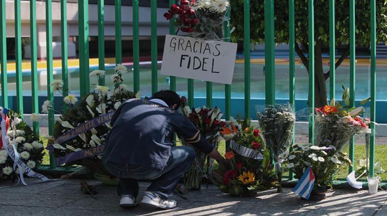 Tributo a Fidel en México. Foto: EFE