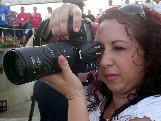 La prensa en el desfile por el 1ro. de mayo. Foto: Aroldo García