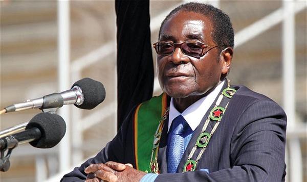 Llegó a Cuba presidente de Zimbabwe para rendir honores a Fidel