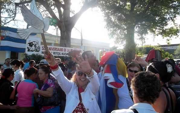 Festejaron los tuneros el acto por el triunfo de la Revolución. Foto Yaciel de la Peña