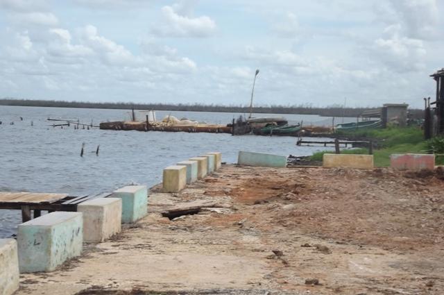Puerto Piloto, en la costa del municio de Sierra de Cubitas enclave muy vulnerable para las personas y el ecosistema
