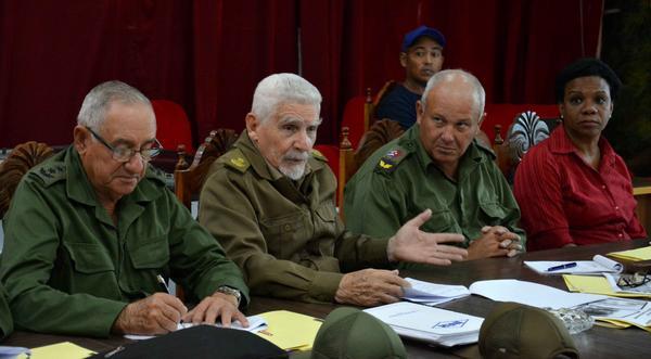 Commander of the Revolution Ramiro Valdes tours Irma-stricken towns in Camagüey. Photo by Rodolfo Blanco