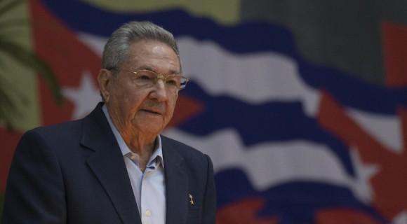 Communist Party of Russia Awards Lenin Prize to Raúl Castro