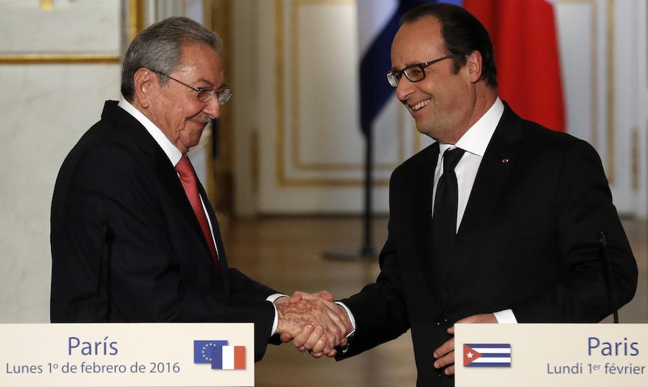 Raúl Castro: Francia ha sido, es y será un importante socio para Cuba. Foto: Francois Mori AP