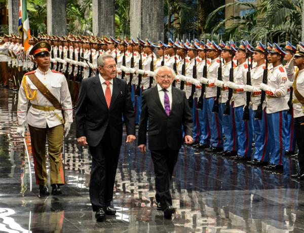 Raul Castro meets with President of Ireland