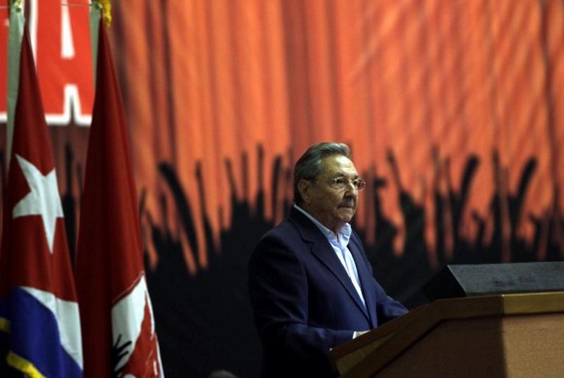 Raúl fue electo delegado al VII Congreso del Partido por el II Frente Oriental. Foto de archivo