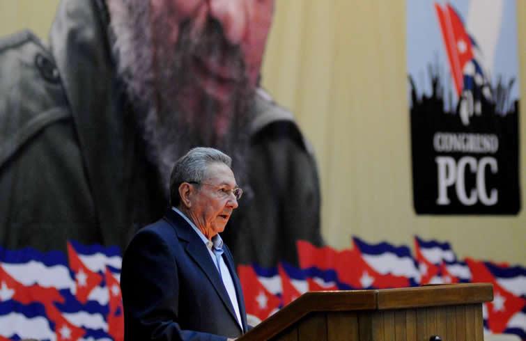 Felicitan China y Vietnam a Raúl por reelección en VII Congreso del Partido