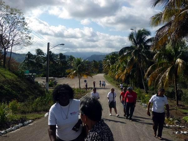 Al ritmo de la vida por la historia, trabajadores de Radio Rebelde visitan la provincia de Granma. Foto: Mabel Peña Soutuyo
