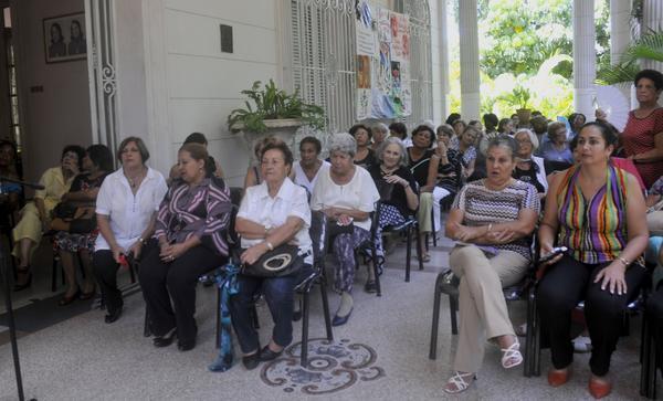 Recuerdan fundadoras de la FMC en La Habana a Vilma Esp�n