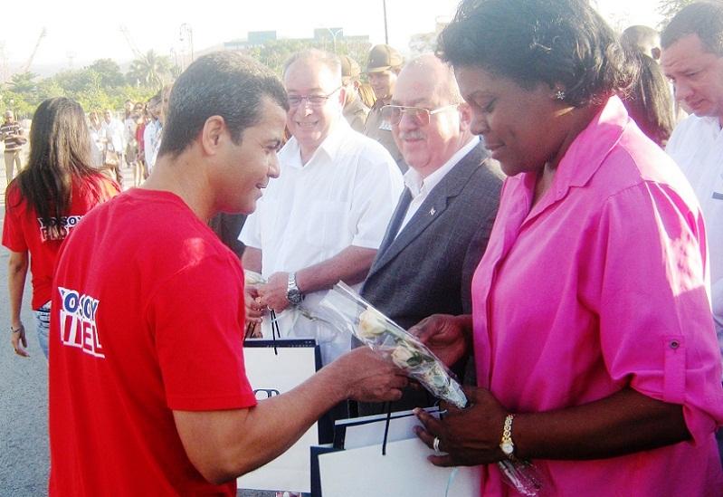 Homenaje de fiscales cubanos a Martí y Fidel
