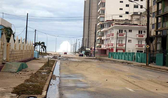 La Habana se recupera luego de las inundaciones. Foto Oiram Rodríguez Pérez