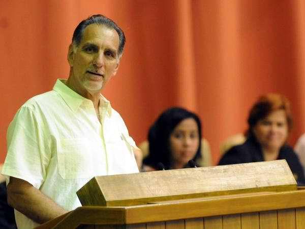 Los Cinco Héroes cubanos asisten a la sesión clausura Parlamento