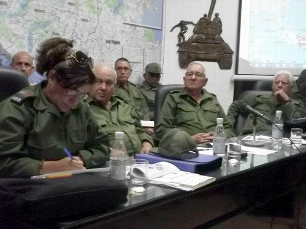 El General de Cuerpo de Ejército Ramón Espinosa Martín, viceministro de las Fuerzas Armadas Revolucionarias, presidió en Camagüey, la reunión del Consejo de Defensa de la Región Estratégica del Ejército Oriental