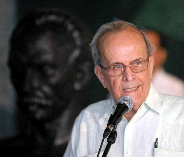 Ricardo Alarcón de Quesada, miembro del Buró Político y presidente de la Asamblea Nacional del Poder Popular en Cuba (ANPP), en la presentación de la Comisión Electoral Nacional. Foto Yaciel Peña