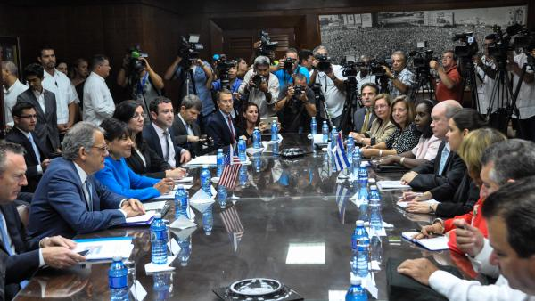 Cuba and the U.S. Explore Ways for Commercial Exchange