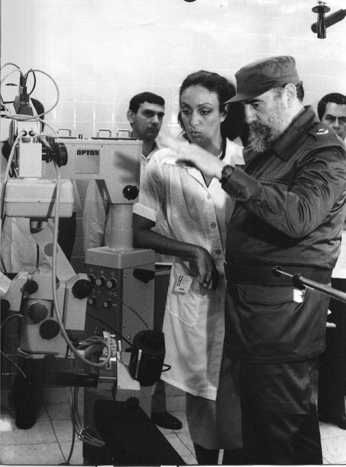 """Fidel Castro: """"El Socialismo…sociedad del hombre hermano del hombre"""""""