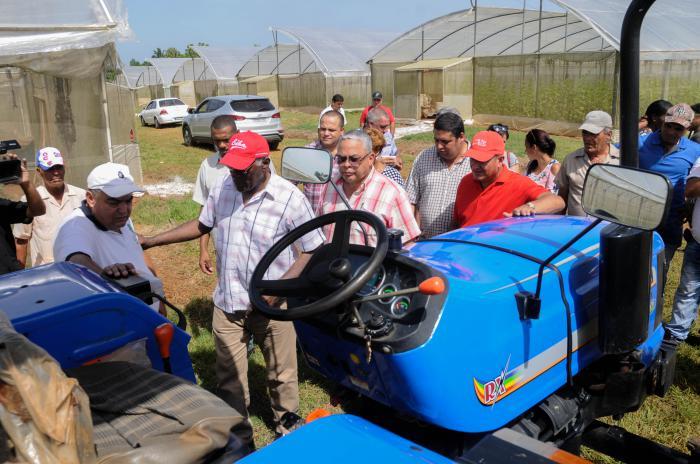 Reconoce Valdés Mesa empeño para desarrollar agricultura en La Habana