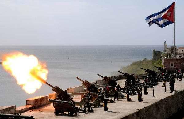 Dispararán salvas de artillería en saludo al triunfo de la Revolución Cubana