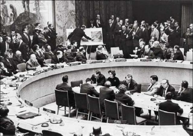 1962: Estados Unidos ¡fuera las manos de Cuba! (+Audio)