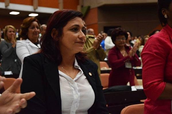 Primera secretaria de la Unión de Jóvenes Comunistas (UJC), Susely Morfa González, electa como miembro del Consejo de Estado. Foto: ANPP