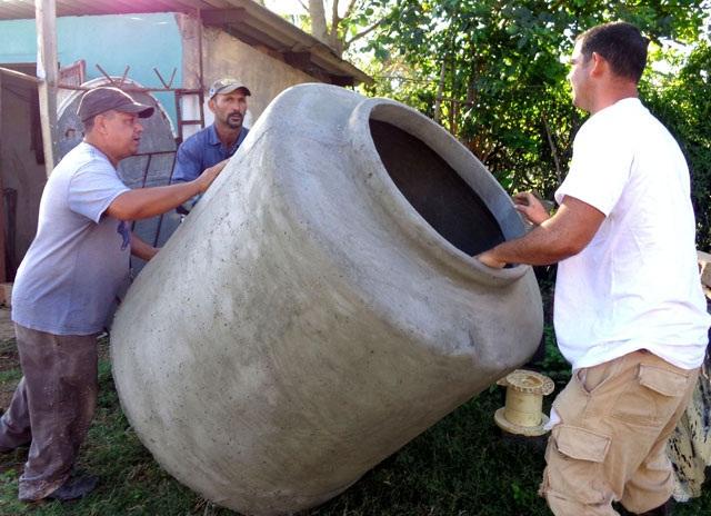 Innovadores de Santiado de Cuba garantizan producción de tanques de fibrocemento