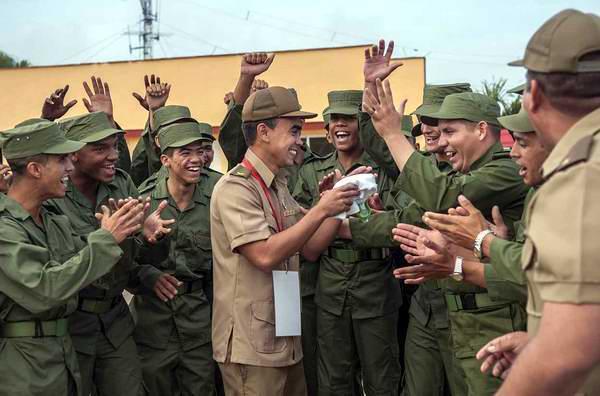 Sacrificio y entrega, baluartes de los militares cubanos (+Audio)