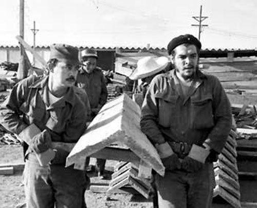 Che Guevara: No existen tareas imposibles cuando hay voluntad