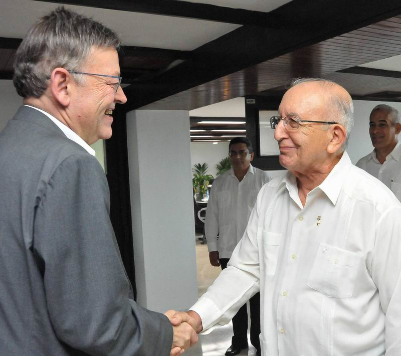 Cuban VP Ulises Rosales Receives President of the Generalitat Valenciana