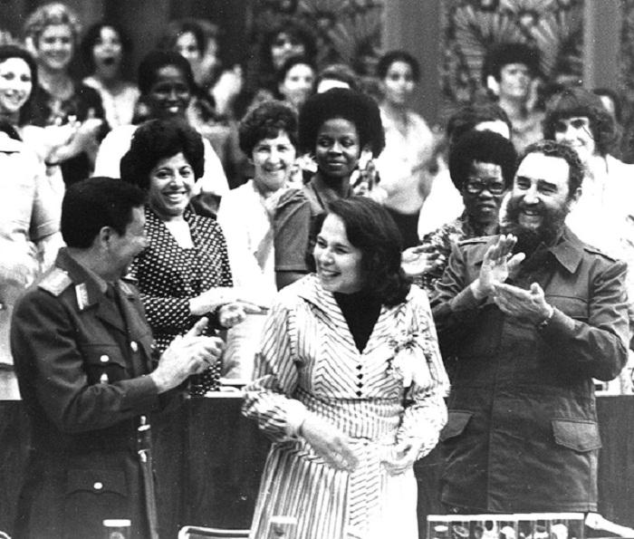 Cuba en 1962: Las mujeres por la paz y el progreso (+Audio)