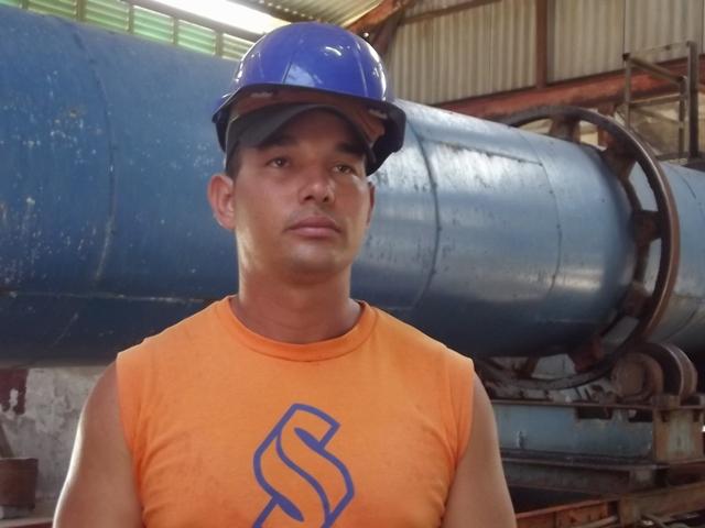 El joven tecnólogo Vladisel Ruiz confirma la disposición del colectivo para reiniciar la producción