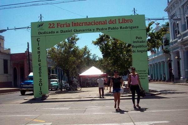XXII Feria Internacional del Libro y la Literatura en Cienfuegos. Foto: Mireya Ojeda.