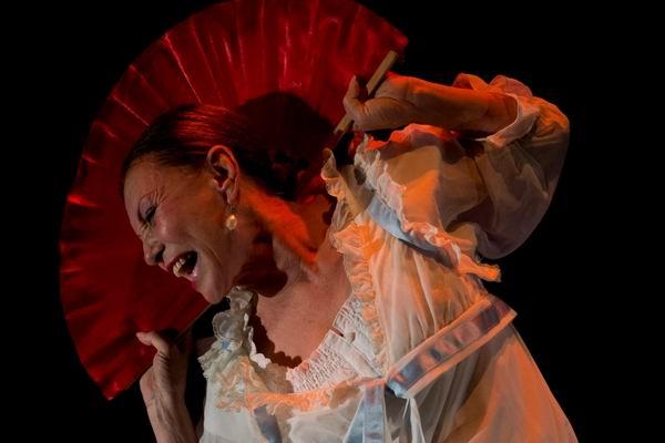 Actriz Gina Caro en el Festival del Monólogo