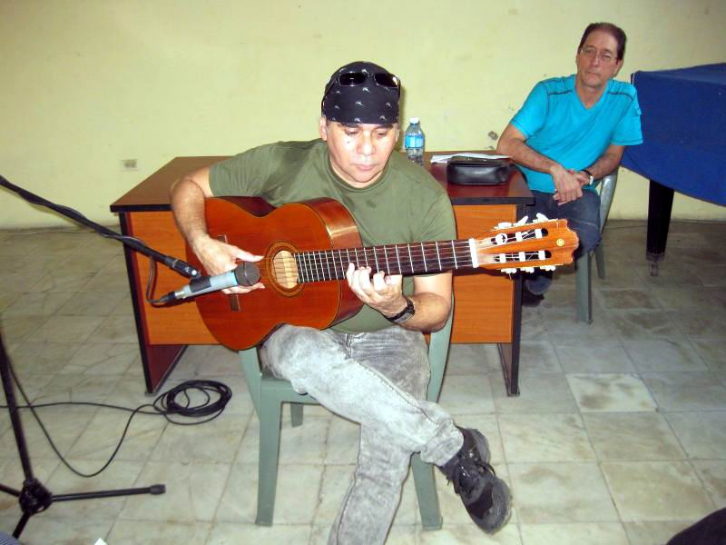 Las identidades de las guitarras en Santiago de Cuba