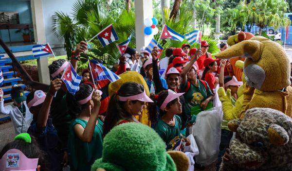 Llegan a La Habana delegados a la Asamblea Nacional Pioneril
