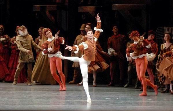 Durante estos días llega a Cuba el arte danzario boricua a través del coreógrafo Carlos Iván Santos y del Ballet Concierto de Puerto Rico