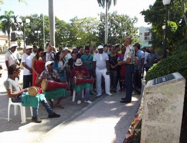 Ballet Folklórico de Camagüey rinde tributo a los líderes antiesclavistas ahorcados en la entonces Plaza Mayo