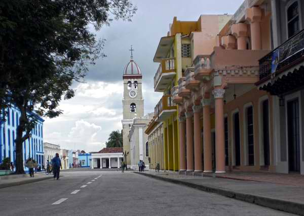 Ciudad de Bayamo desde la mirada de Iván Morales